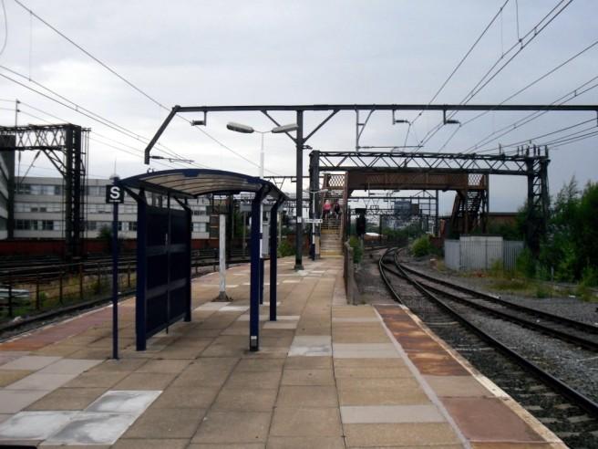 Photo of Ardwick station platform