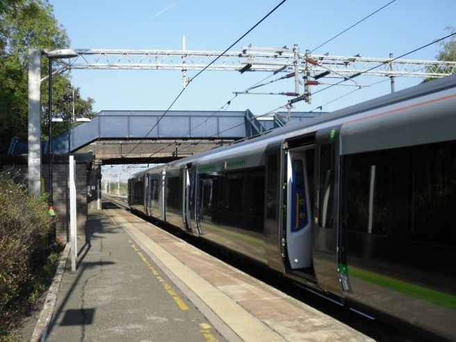 Photo of London Midland train at Acton Bridge station