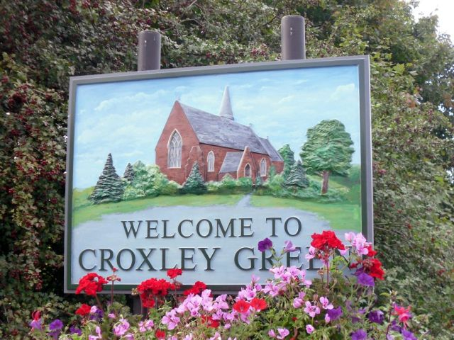 Sign welcoming visitors to Croxley Green