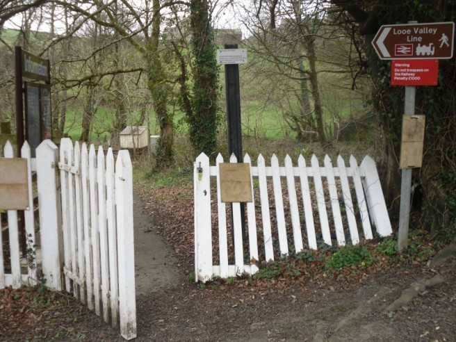Photo of entrance to Coombe Junction Halt station