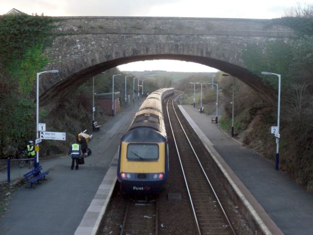 Photo of HST departing Liskeard