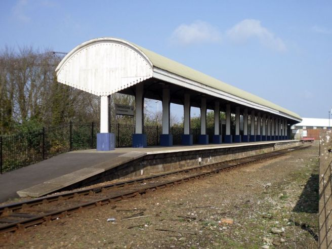 Falmouth Docks station