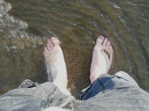 feet-in-the-sea