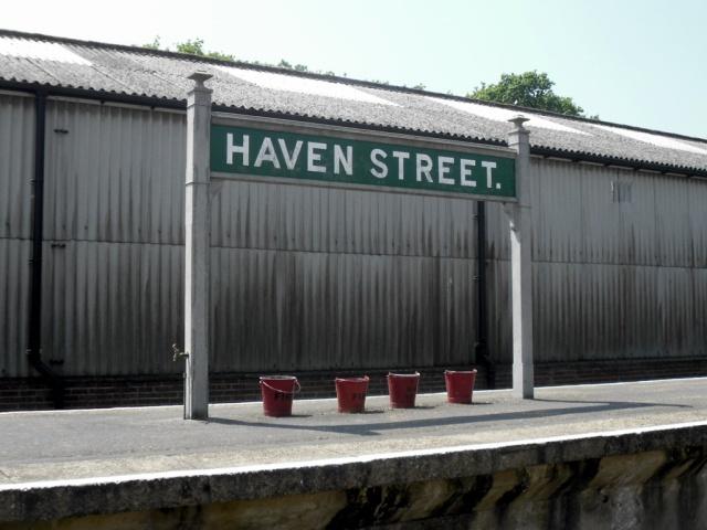 Haven( )Street(.)