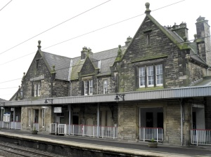 Morpeth station building