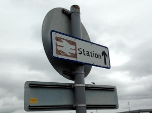 Pointing the way to the station