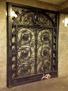 Gates at Heidelberger Platz