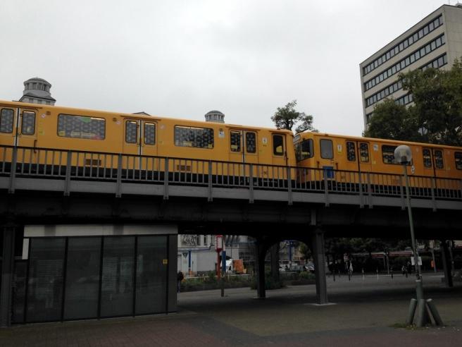 U2 train Nollendorfplatz
